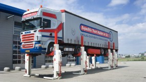 Elevatoare pentru camioane