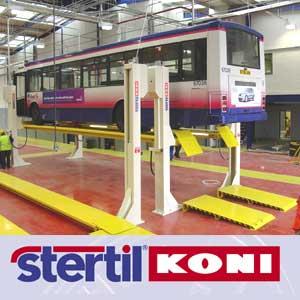 Elevatoare cu 4 coloane pentru camioane si autobuze