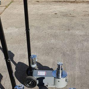 Cricuri hidraulice cu actionare pneumatica, de mare capacitate