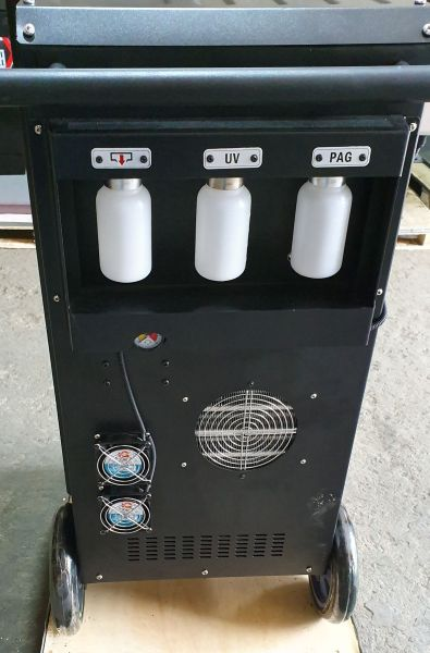 AC 1800 ZELL - cantare electronice pentru recipientele de ulei si solutie de contrast